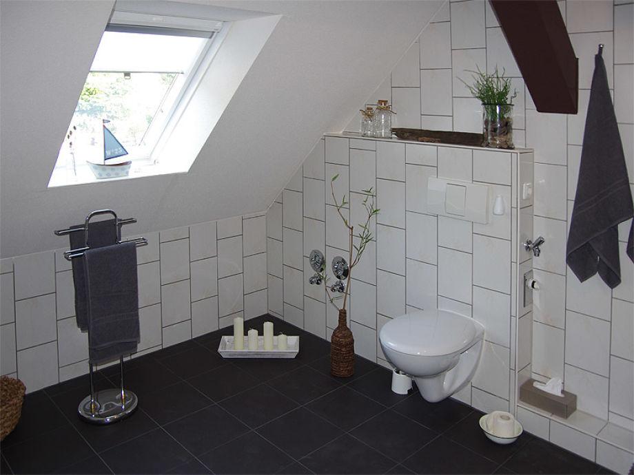 ferienwohnung mozart direkt am see mit boot. Black Bedroom Furniture Sets. Home Design Ideas