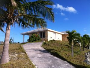 Villa Breezy Shore