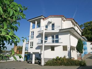 Ferienwohnung 01 mit Terrasse in der Residenz Binz