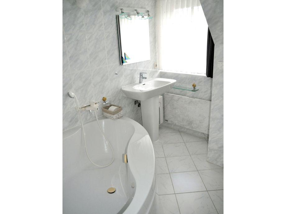 ferienwohnung zum leuchtturm 083 nordsee halbinsel eiderstedt st peter ording firma. Black Bedroom Furniture Sets. Home Design Ideas