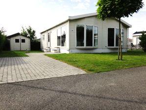 Ferienhaus ZE117