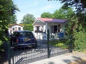Ferienhaus in Meeresnähe - ZE342