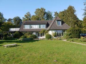 Ferienhaus Landhaus mit Seeblick