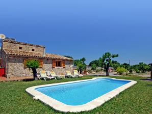 113 Familienfreundliche Finca mit Pool