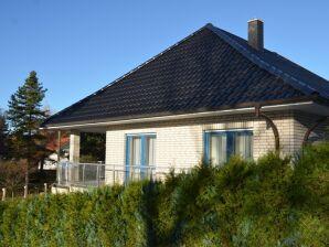 Ferienwohnung 02 im Ferienhaus Binz F617 mit eigener Sauna