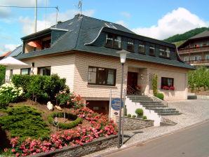 Gästehaus Heidi Ferienwohnung Rivaner