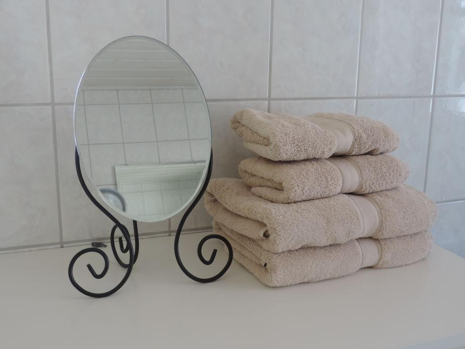 ferienwohnung an der historischen stadtmauer ahrtal frau renate koll. Black Bedroom Furniture Sets. Home Design Ideas