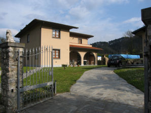 Villa 'La Fontanella' mit Pool