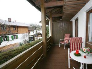 Edelweiss Ferienwohnung 314 - Landhausatmosphäre mit gemütlicher Kaminecke!