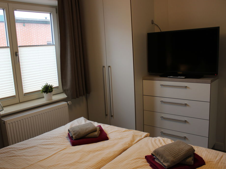 schlafzimmer : kleines schlafzimmer schrank mit platz für ...