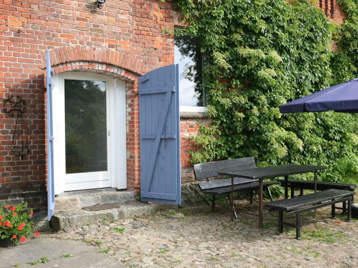 ferienwohnung schwedeneck hof welzin mecklenburgische. Black Bedroom Furniture Sets. Home Design Ideas