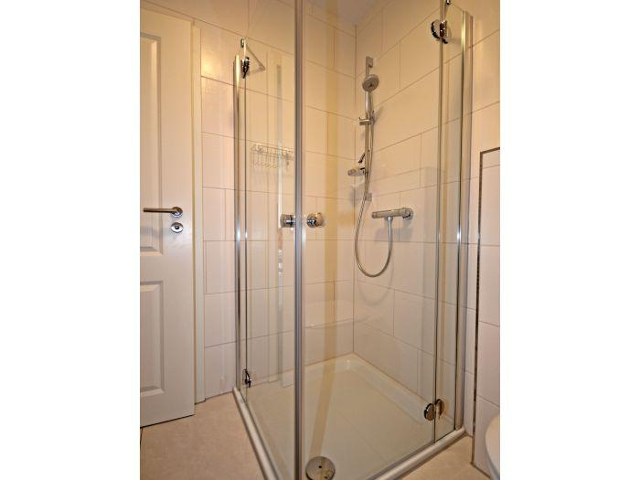 dusche mit sitzbank dusche mit bodentiefem einstieg diele mit - Tadelakt Dusche Boden