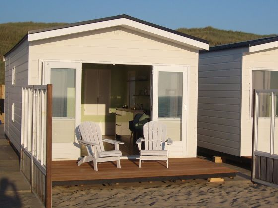 ferienhaus luxus strandhaus direkt am meer wifi tv niederlande nordseek ste wijk aan zee. Black Bedroom Furniture Sets. Home Design Ideas
