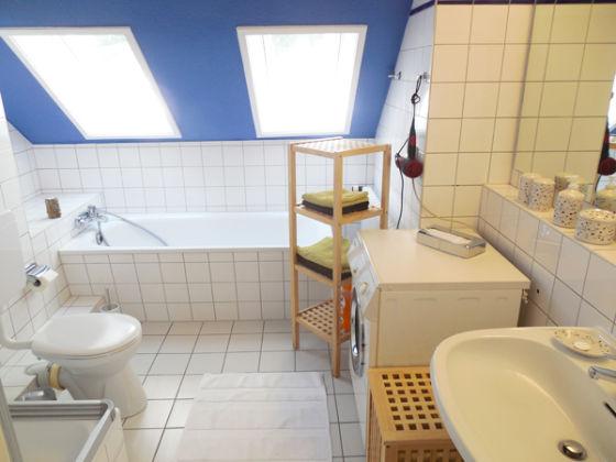 Zimmer Mit Badewanne Fr Zwei ~ Das Beste aus Wohndesign und Möbel Inspiration
