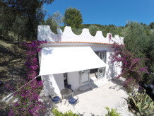 Stylisches Ferienhaus zwischen Oliven und Zitronen