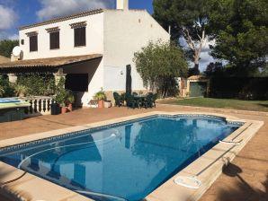 Garten-Pool-Villa, 30 m v. Meer