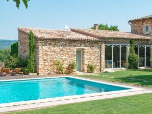 Ferienhaus mit Pool in der Provence bei Roussillon