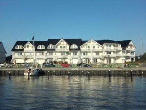 Ferienwohnung Hafenkiek U39 am Hafen Karlshagen
