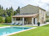 mit Pool in der Provence bei L'Isle-sur-la-Sorgue