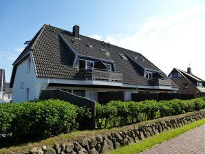 Ferienwohnung Ruusenhüs 4 mit Terrasse
