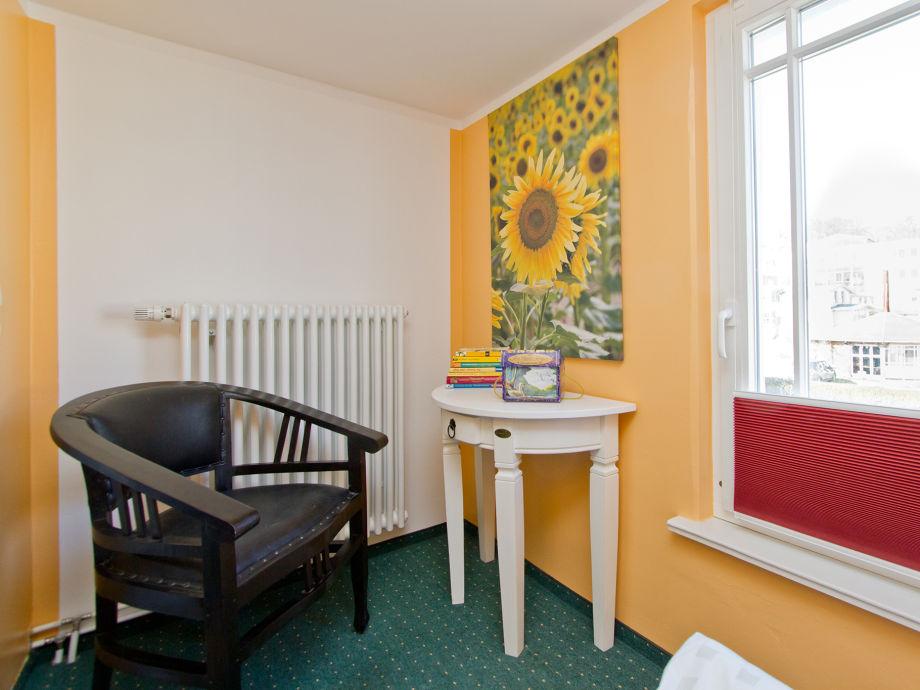 schlafzimmer stuhl beste inspiration f r ihr interior design und m bel. Black Bedroom Furniture Sets. Home Design Ideas