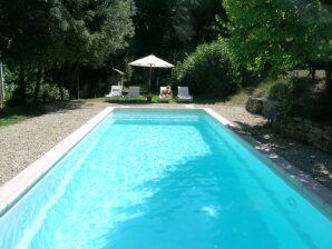 Ferienwohnung Le Cœur du Luberon mit Pool