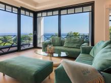 Apartment Ocean Blue