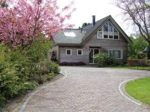 Villa Cedar