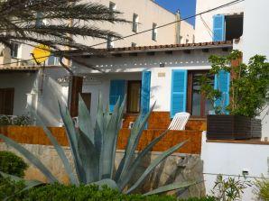 Mallorquinisches Ferienhaus R025 direkt am Meer