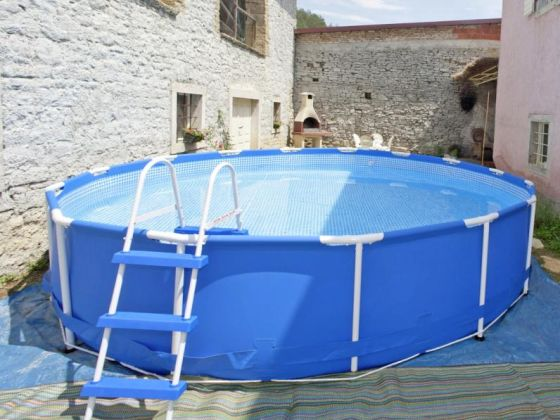 Ferienhaus livade istrien buzet firma i d riva tours for Aufstellpool angebote