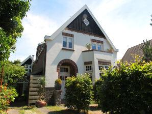 Ferienhaus Charming Bergen