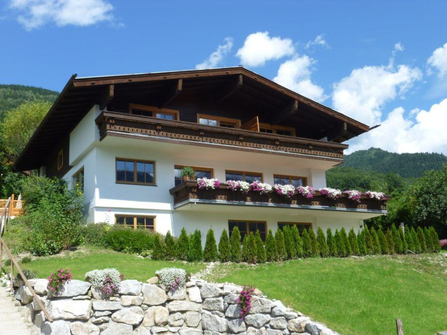 Landhaus Bergner Alm im Sommer