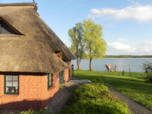 Ferienhaus Reethaus direkt am See
