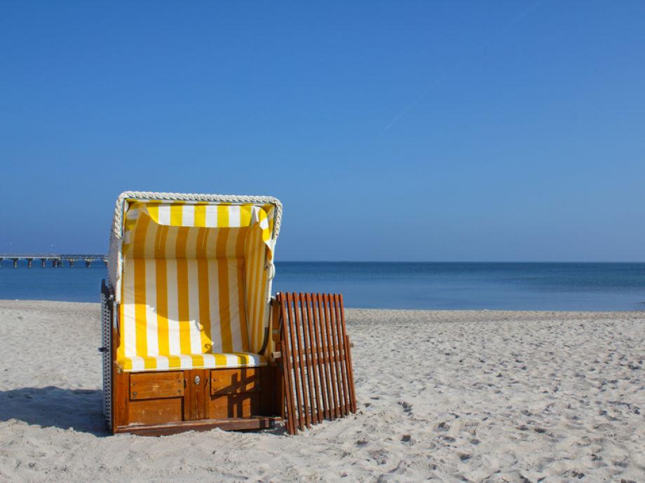 Strandkorb am strand  Ferienwohnung Robbe, Timmendorfer Strand - Firma Böbs Appartements ...