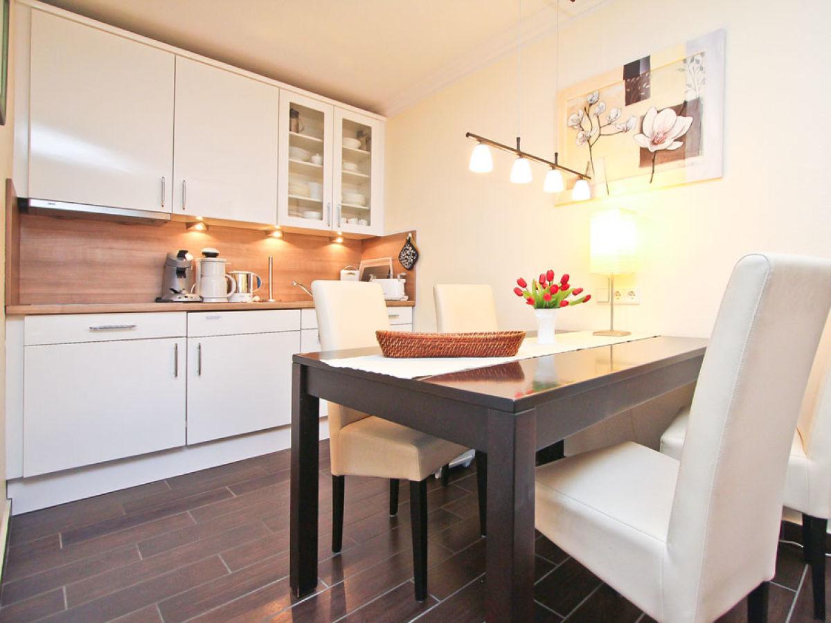 Ferienwohnung strandresidenz app 106 l becker bucht - Offene wohnkuche mit wohnzimmer ...