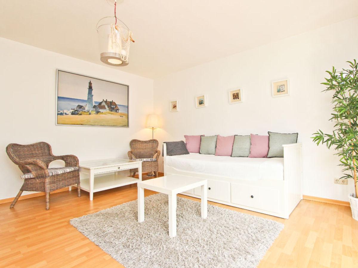 ferienwohnung steuerbord l becker bucht niendorf firma. Black Bedroom Furniture Sets. Home Design Ideas