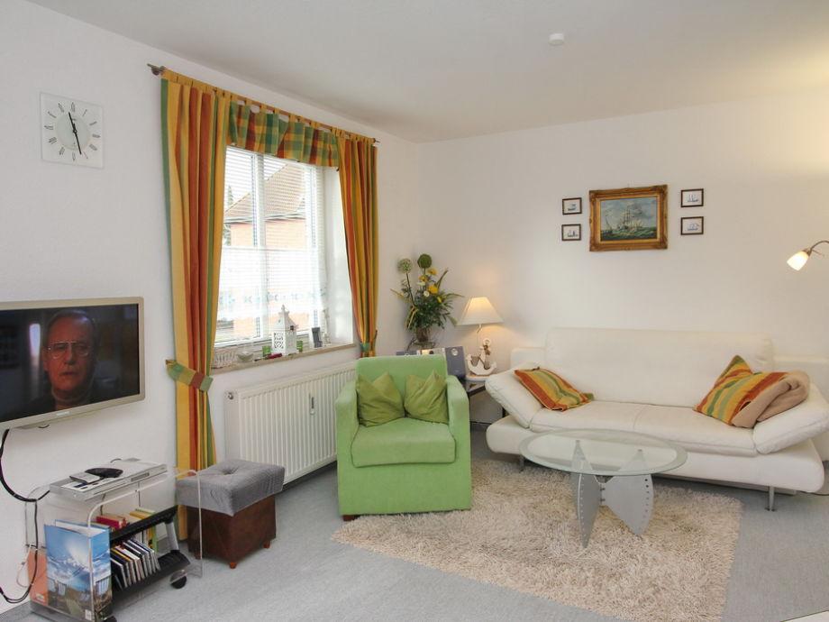 Couch- und TV-Bereich im Wohnzimmer