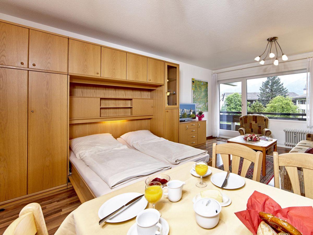 ferienwohnung alpenkette garmisch partenkirchen firma mahr gmbh. Black Bedroom Furniture Sets. Home Design Ideas