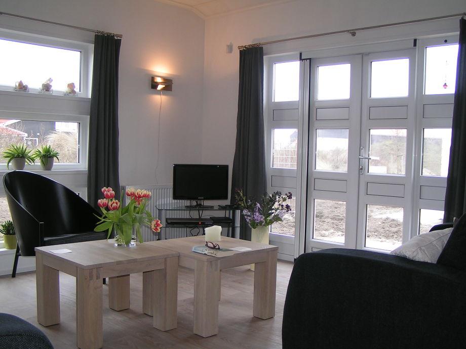 ferienhaus boormossel 1 zeeland renesse firma strandpark de zeeuwse kust firma. Black Bedroom Furniture Sets. Home Design Ideas