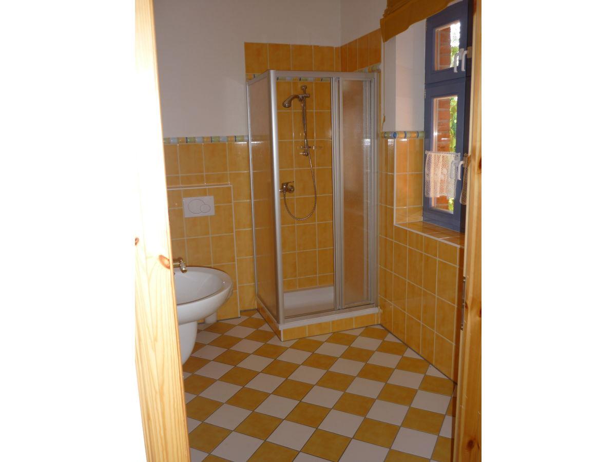 ferienwohnung altes zollhaus feldberger seenlandschaft. Black Bedroom Furniture Sets. Home Design Ideas