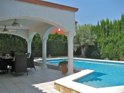 Villa Lady Montgri