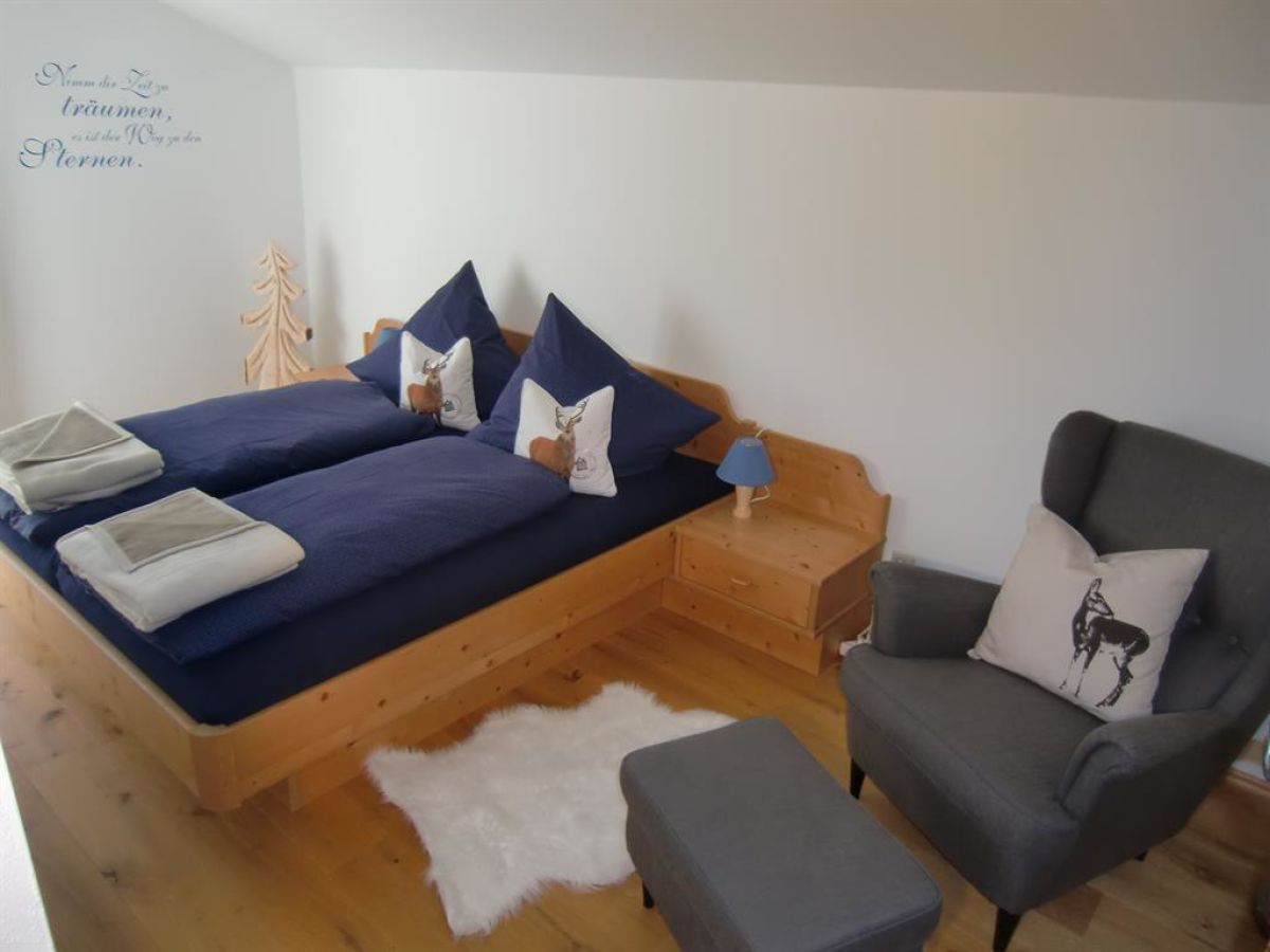 c maurer ferienwohnung graseck zugspitzregion frau. Black Bedroom Furniture Sets. Home Design Ideas