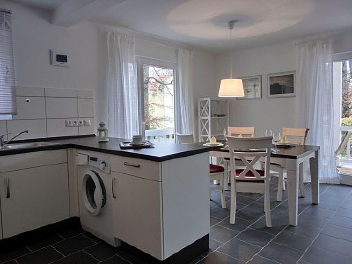 ferienwohnung w14 1 s mecklenburg vorpommern graal m ritz firma. Black Bedroom Furniture Sets. Home Design Ideas