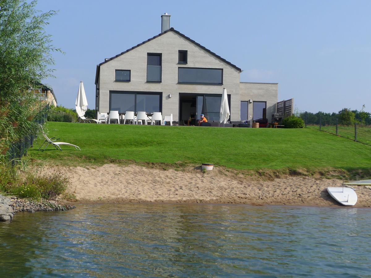 Ferienhaus haus am see nordic l bnitz sachsen for Ferien am see