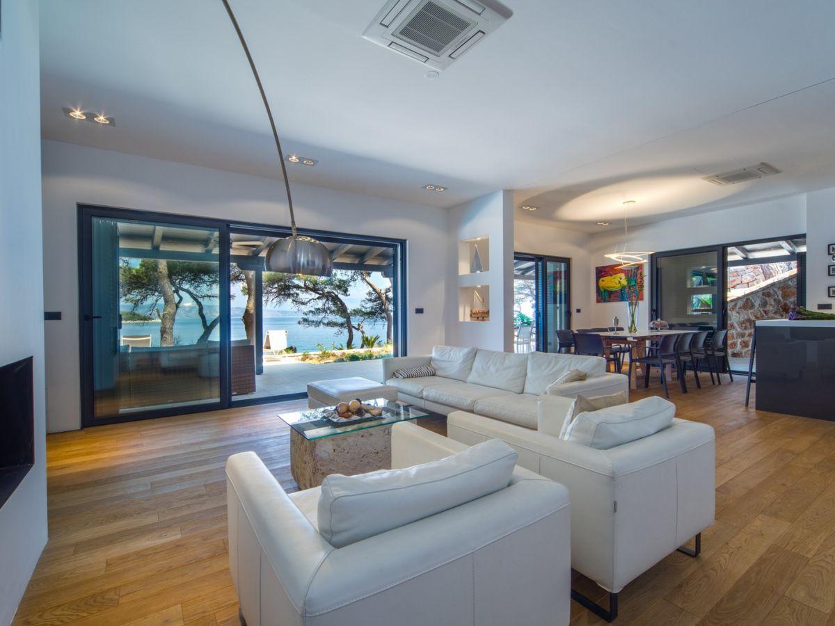 villa ana jelsa firma adria luxury rent d o o. Black Bedroom Furniture Sets. Home Design Ideas