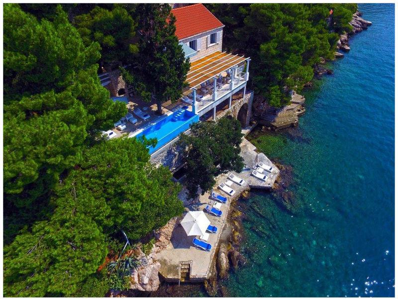 Villa Mey's Place