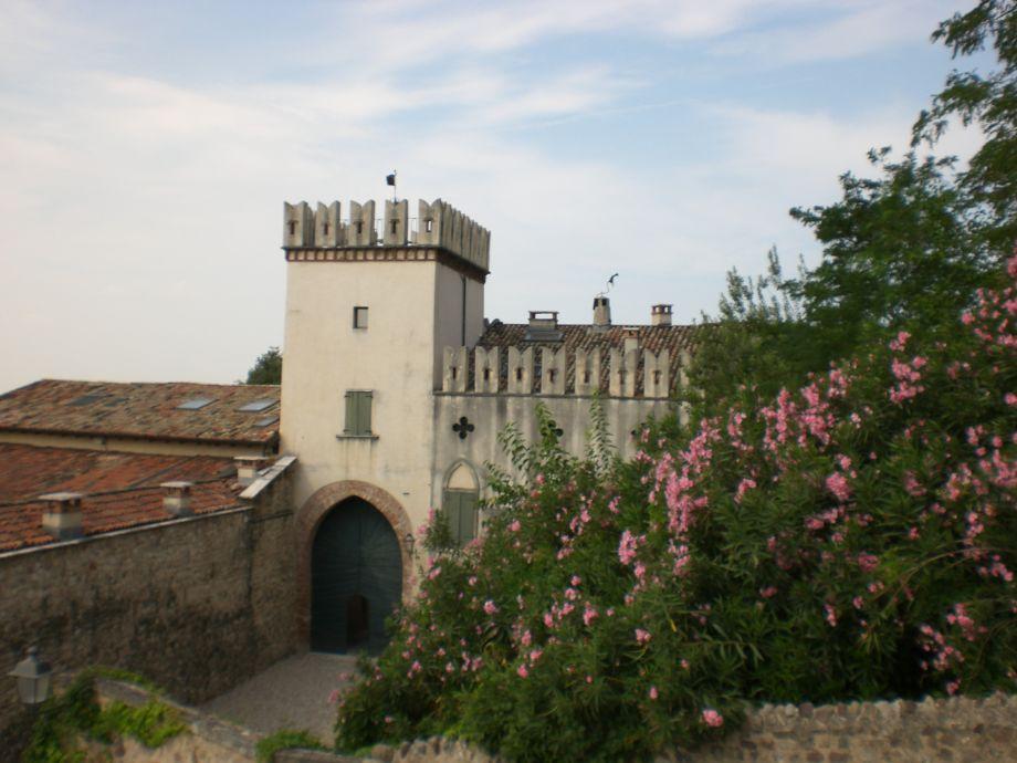 Der Nordeingang zum Schloss