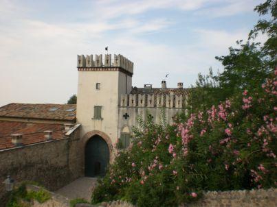 im Schloss in Lazise