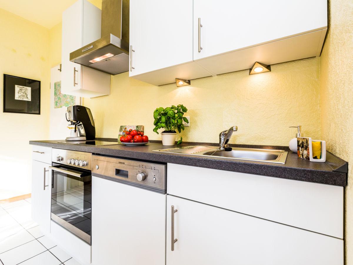 Ferienwohnung domblick herkenrath bergisches land firma for Komplette küche