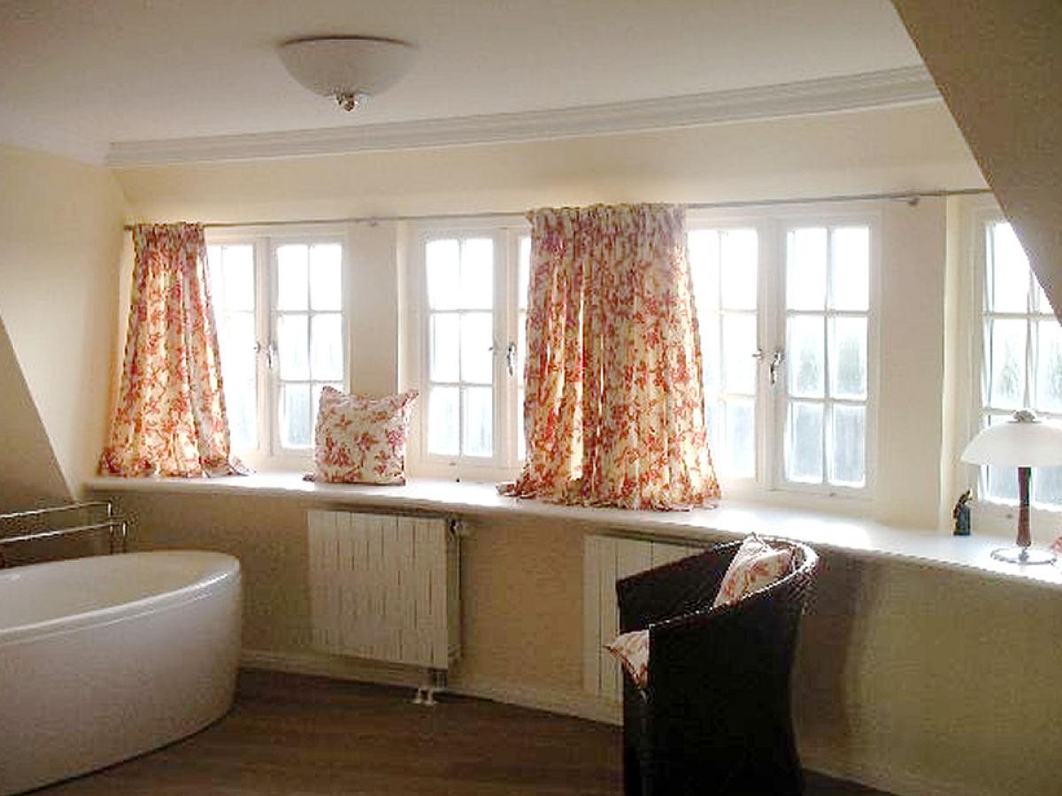 badewanne im schlafzimmer ~ kreative deko-ideen und innenarchitektur, Schlafzimmer entwurf